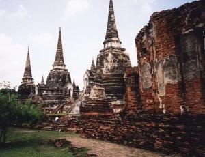 www.backpackerinsight.com_Wat_Phra_Si_Sanphet_Ayutthaya